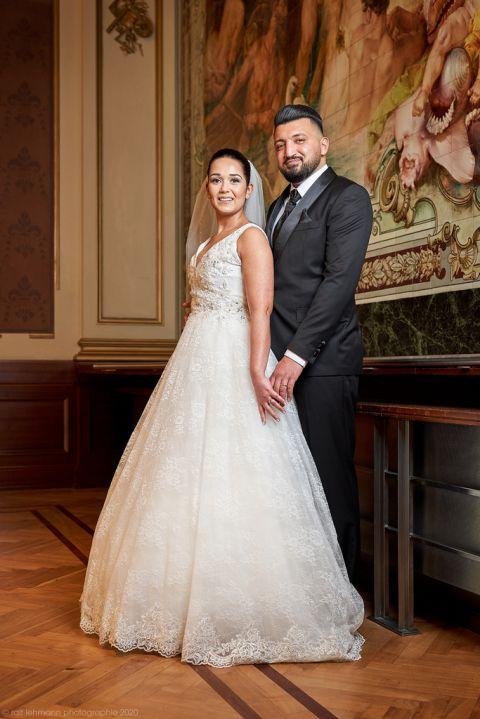 Hochzeitsfotografie, inszeniertes Brautpaar on Location